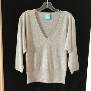 C&C Cashmere Sweater Gray V neck Batwing XS